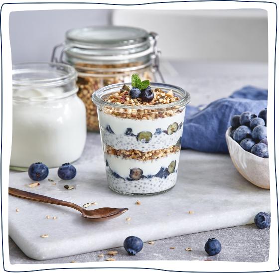Joghurt-Chia-Trifle mit Blaubeeren 11